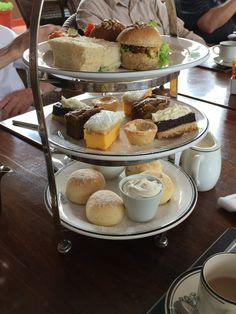 Afternoon tea - The 2 Seasons