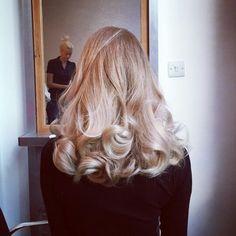 45 Best Hairstyles And Outfits Preparing For The Holidays Haare, Frisuren, lange Frisuren, Haarschön Hair Inspo, Hair Inspiration, Corte Y Color, Pretty Hairstyles, Formal Hairstyles, Thin Hairstyles, Hairstyle Men, Men's Hairstyles, Wedding Hairstyles