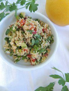 Swiat Mojej Kuchni: Tabbouleh - sałatka kuchni arabskiej. Guacamole, Food And Drink, Mexican, Ethnic Recipes, Blog, Kitchen, Diet, Cooking, Kitchens