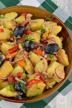 Federal Style House, Fruit Salad, Vegan Recipes, Vegan Food, Main Dishes, Cooking, Gluten Free, Flower, Life