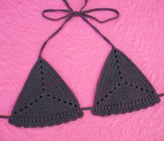 Free Crochet Pattern: Sand Dollar Bikini Top | Gleeful Things