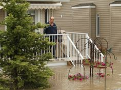 2013 Alberta flood aid | ... massive flooding in Canmore and southern Alberta | One Stop News Stand