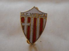 calcio distintivo AC Vicenza    pin  badge football soccer