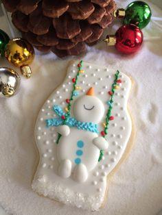 Cute Christmas Cookies, Christmas Cake Decorations, Valentine Cookies, Iced Cookies, Christmas Sweets, Noel Christmas, Holiday Cookies, Christmas Baking, Fancy Cookies
