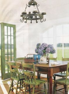 Beyond The Table: Modern Country Dining Rooms