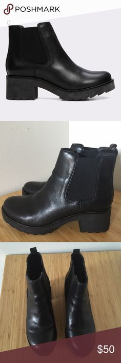 Aldo Manuan Black Heeled Chelsea Boots Size 37 (6.5) 90's inspired chunky heeled Chelsea boots from Aldo, great with skinny or boyfriend jeans!   In near-new condition, only worn 3 times. Very subtle wear on sole.  #chelsea #boots #black #cute #90s #chunky #heeled #booties #Aldo Aldo Shoes Ankle Boots & Booties