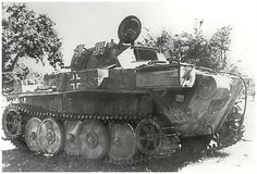 Panzerspähwagen II Ausf. L « Luchs » (VK 13.03) (Sd.Kfz. 123) Nr. 4134    Un Luchs de la 9. Panzer-Division abandonné entre Argentan et Gacé en août 1944.