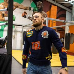 Conor McGregor Is the World& Best-Dressed Superstar Athlete Connor Mcgregor, Conor Mcgregor Style, Ufc Conor Mcgregor, Mcgregor Fight, Conor Mcgregor Fashion, Mma Conor, Notorious Conor Mcgregor, Casual Outfits, Fashion Outfits