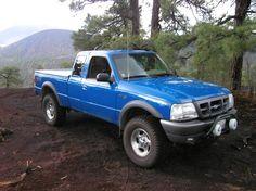 1998 Ford Ranger Ford Ranger Edge, Ford Ranger Truck, Ranger 4x4, Small Pickups, Ford Lincoln Mercury, Car Hacks, Mini Trucks, Lifted Ford, Truck Camper