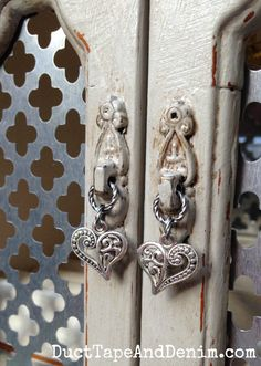 Close up of my new handle on the vintage jewelry cabinet ~ thrift store makeover ~  DuctTapeAndDenim.com