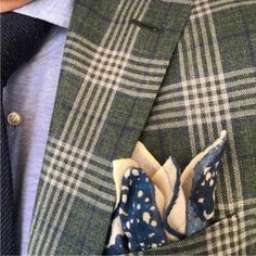 Dormeuil Be classic sometimes ; add fantasy often. Picture and jacket by @NewTailor, cloth by #Dormeuil #Elegance #Fashion #Menfashion #Menstyle #Luxury #Dapper #Class #Sartorial #Style #Lookcool #Trendy #Bespoke #Dandy #Classy #Awesome #Amazing #Tailoring #Stylishmen #Gentlemanstyle #Gent #Outfit #TimelessElegance #Charming #Apparel #Clothing #Elegant #Instafashion