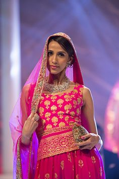 The bright pink long #Choli Blouse ... http://www.shaadiekhas.com/blog-wedding-planning-invitation-wordings/dress-for-the-occasion/