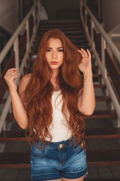 Sexy Celebrities Women with Red Hair - Fonsly - Reality Worlds Tactical Gear Dark Art Relationship Goals Bad Hair, Hair Day, Organic Hair Salon, Redhead Makeup, Grow Long Hair, Tape In Hair Extensions, Stylish Hair, Ginger Hair, Shiny Hair