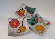 Set ciotole per aperitivo in ceramica raku - Colore bianco con disegni stilizzati - Pezzi unici decorati a mano - OOAK - Rakulab on Etsy - di RAKULAB su Etsy