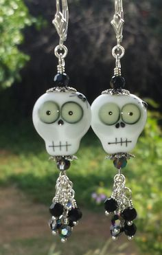 Swarovski Crystal and Lampwork Beaded Dangle Earrings halloween holiday day of the dead skull Halloween Beads, Halloween Earrings, Halloween Jewelry, Sugar Skull Art, Sugar Skulls, Beads Of Courage, Ornament Crafts, Snowman Ornaments, Fused Glass Ornaments
