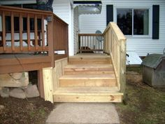 Four board wide steps allow dogs to navigate the stairs easily