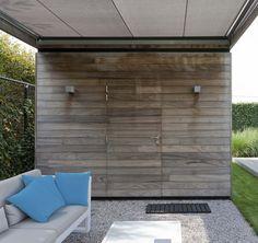 Grote strakke tuinen | Filip Van Damme Outdoor Living, Outdoor Decor, Wood Doors, Terrazzo, Garden Ideas, Garage Doors, Relax, Gardens, Outdoors
