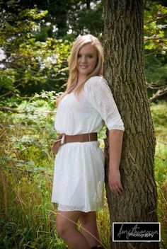 Girls senior picture ideas for outdoor portraits. By Amy Thompson Photography. Picture Poses, Photo Poses, Picture Ideas, Photo Ideas, Female Photography, Senior Photography, Photography Ideas, Senior Pictures 2014, Senior Photos