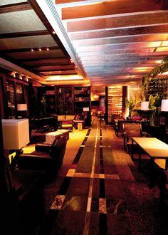 Bar The Concession dentro de Casa Club