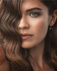 [New] The 10 Best Hairstyles Today (with Pictures) Short Bob Haircuts, Modern Haircuts, Long Bob Hairstyles, Black Girls Hairstyles, Protective Hairstyles, Turkish Women Beautiful, Turkish Beauty, Foto Bts, Natural Hair Journey