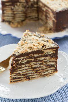 Bolo biscoito com brigadeiro ou Torta de palha italiana | Vídeos e Receitas de Sobremesas