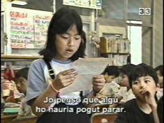 Pensant en els altres ('Children full of life' título original en inglés).   via http://daixonses.com/  El mètode pedagògic de Toshiro Kanamori es basa en els sentiments i l'empatia.