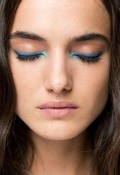 blue eyeshadow eyeliner, blue eye makeup, two blue colors eye makeup, - Maquillage - Make Up - Makeup Trends, Makeup Inspo, Makeup Inspiration, Makeup Tips, Beauty Makeup, Makeup Ideas, Makeup Designs, Blue Eyeliner, Blue Eyeshadow
