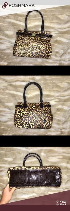 Chateau Leopard Purse Fun and flirty--this shoulder bag will be the piece to pull your whole look together! This purse has not been used and is in EXCELLENT condition. Chateau Bags Shoulder Bags