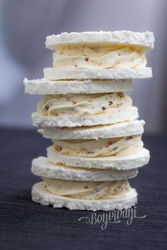 Laskonky   Bonviváni Slovak Recipes, Czech Recipes, Baking Recipes, Cookie Recipes, Dessert Recipes, Czech Desserts, Sweet Cooking, Filled Cookies, Christmas Baking