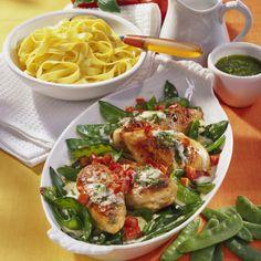 Hähnchenbrust in Pesto-Sahne Rezept | LECKER