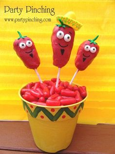 Cinco de Mayo party ideas on partyingpinching.com