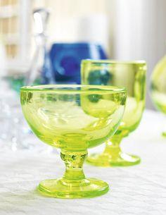 B 158 from Reijmyre. Uranium glass made by my favorite glass artist Monica Bratt.