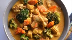 A quick and easy Instant Pot recipe for Thai Panang Curry, a rich, mildly spicy and creamy coconut curry, with Chicken, Seafood or Tofu (Vegan). Serve with Jasmine rice and enjoy a delicious meal! Curry Recipes, Asian Recipes, Vegetarian Recipes, Cooking Recipes, Healthy Recipes, Vegan Vegetarian, Thai Panang Curry, Panang Curry Recipe, Panang Curry Chicken