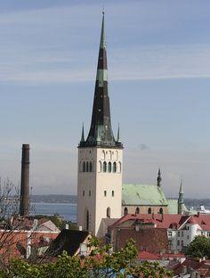 церковь Олевисте и ее смотровая площадка