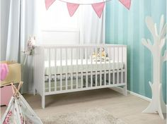 The European inspired Mocka Aspiring Cot ticks every box for parents seeking quality, functional and contemporary nursery furniture. Kids Furniture, Nursery Twins, Baby Boy Nurseries, Nursery Ideas, Contemporary Nursery Furniture, White Cot, Cot Mattress, Parents Room, Master Bedrooms