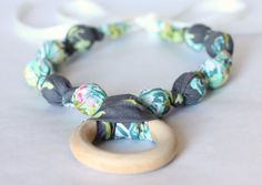 Teething Ring Necklace for Breastfeeding/Nursing Necklace, Teething Necklace, Babywearing,