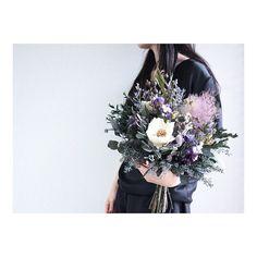 souiさんはInstagramを利用しています:「Bouquet。 . . #ブーケ #ドライフラワー #プリザーブドフラワー #オーダーメイド #プレ花嫁 #結婚準備 #結婚式準備 #挙式 #披露宴 #お色直し #前撮り #フォトウェディング #ハワイウェディング #ナチュラルウェディング #ガーデンウェディング…」