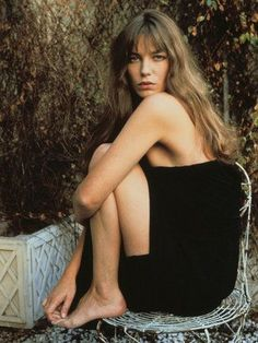 Jane Birkin reveals the naked truth about being a Sixties icon Serge Gainsbourg, Gainsbourg Birkin, Charlotte Gainsbourg, Estilo Jane Birkin, Jane Birkin Style, Jane Birkin Now, Brigitte Bardot, Jane Birken, Jean Destroy