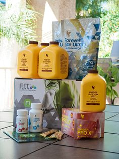 Forever Living is the world's largest grower, manufacturer and distributor of Aloe Vera. Discover Forever Living Products and learn more about becoming a forever business owner here. Forever Living Aloe Vera, Forever Aloe, Easy Diets To Follow, Sante Bio, Clean9, Forever Living Business, Chocolate Slim, Chocolate Pack, Cleanse Program