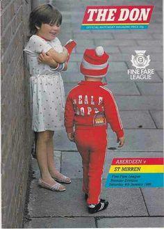 Aberdeen 3 St Mirren 1 in Jan 1986 at Pittodrie. Programme cover #SPL