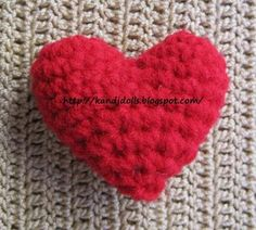 Amigurumi crochet patterns ~ K and J Dolls / K and J Publishing: Free heart crochet pattern for Valentine Crochet Home, Knit Or Crochet, Learn To Crochet, Single Crochet, Scarf Crochet, Crochet Gratis, Crochet Patterns Amigurumi, Free Crochet, Amigurumi Tutorial