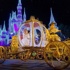 #MagicKingdomMonday Cinderella during the Mickey's Very Merry Christmas party parade. Shot with @fenix825