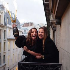 Au revoir Paris 8: Exactly 2 years ago I was celebrating life with my bff @charandthecity on our balcony I have so many great memories having my friends over in Paris, cant wait to have them all in Amsterdam and make more days like this in the picture ❤️Collect memories not things  #paris #balcony #hausmann #champagne #nicolasfeuillatte  #christmastime #christmasinparis  #guerlainperfume #guerlainbeauty #champselysees #parisphotographer #parisphoto  #parisjetaime #igersparis  #aurevoirparis…
