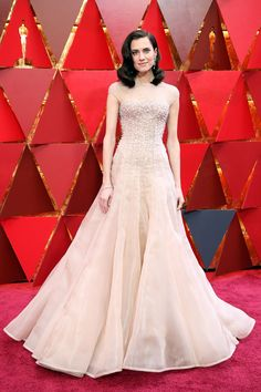 Why Pale Colours Ruled The Oscars 2018 Red Carpet | British Vogue