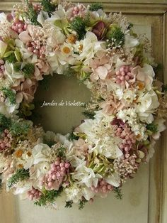 Wreath Crafts Diy Wreath Door Wreaths Wreaths For Front Door Jolie Fleur Diy Spring Wreath Easter Wreaths How To Make Wreaths Deco Floral Diy Spring Wreath, Fall Wreaths, Easter Wreaths, Christmas Wreaths, Deco Floral, Arte Floral, Wreath Crafts, Diy Wreath, Funeral Flowers