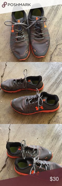 724b02c5e55e Under Armour men s shoes size 11 Under Armour men s shoes size 11 hardly  worn. Smoke free home Under Armour Shoes Sneakers