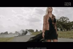 Vicious. It's been over a yr since Miranda Lambert and Blake Shelton formally known as it quits, however the blonde magnificence is unquestionably displaying indicators of choosing herself up and shifting on — particularly in her new video Vice! Ever for the reason that 3...