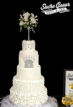 Art Deco Buttercream Wedding Cake : 1000+ images about Art deco cake on Pinterest Art deco ...