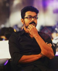 AR Murugadoss has roped in twins Ram-Laxman for Thalapathy 62 stunts. They are very well-known in the fraternity as they have won so many awards for their stunts. Mersal Vijay, Love Hd Images, Famous Indian Actors, Filmy Quotes, Anna Love, Actor Quotes, Vijay Actor, Pokemon, Actors Images