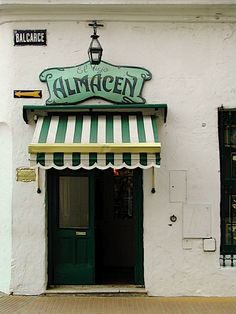 Love the stripes and the scalloped edge on the awning! Imagine it in Sea Salt Blue and White stripes! Cafe Bar, Cafe Restaurant, Dinner Show, Argentina South America, Shop Facade, Shop Fronts, Shop Around, Facade Design, Tango